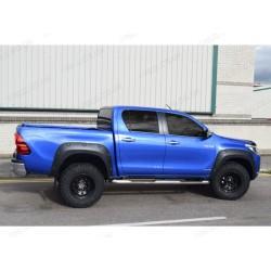 Kotflügelverbreiterung Schwarz matt Toyota HiLux 2016-